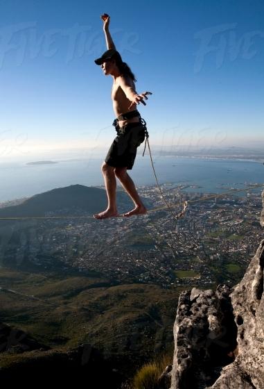Slacklining in Cape Town