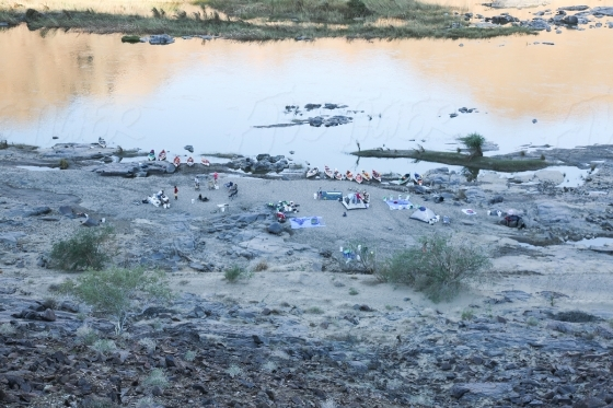 Camping along the Orange River