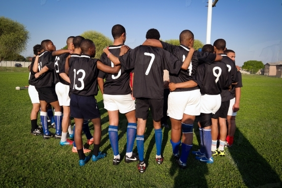 Schoolboy Rugby in black jerseys