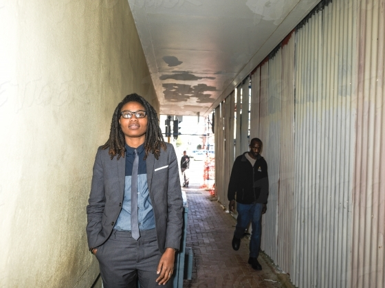 A smartly dressed South African women